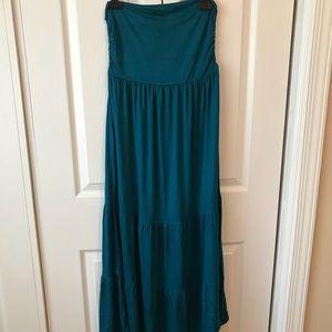 Tube dress & maxi skirt.
